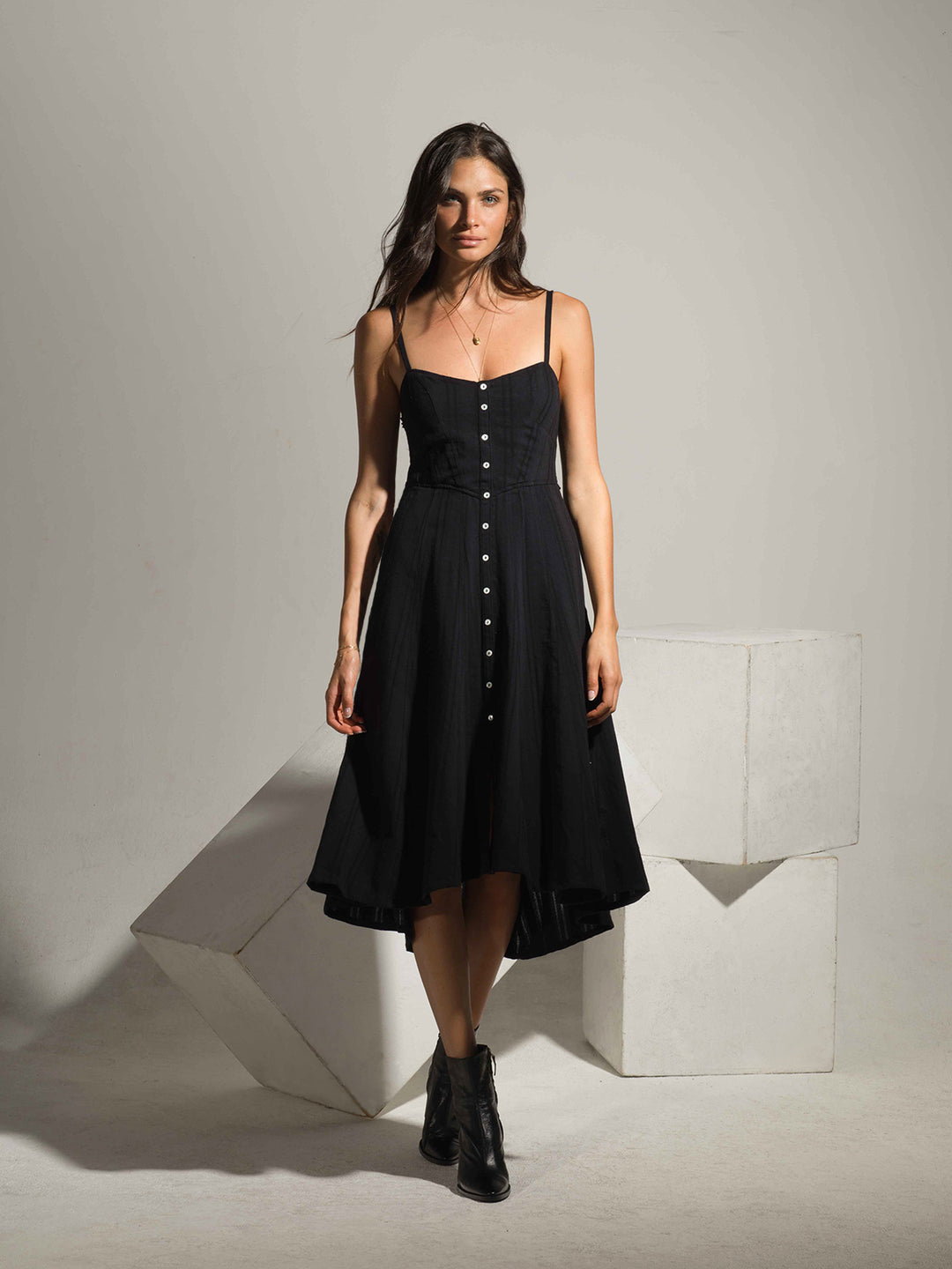 Hamptons Dress in Black