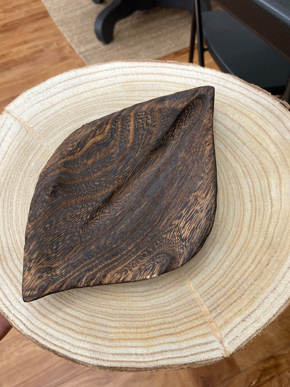 Wooden Leaf Bowl - Terra Cottage