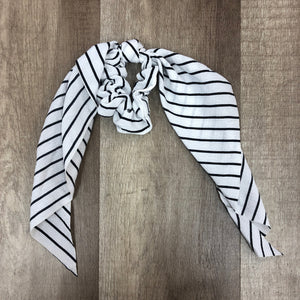 White And Black Striped Scrunchie - Terra Cottage