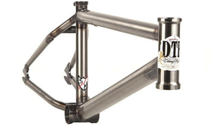 S&M DTF Frame in gloss clear at Albe's BMX