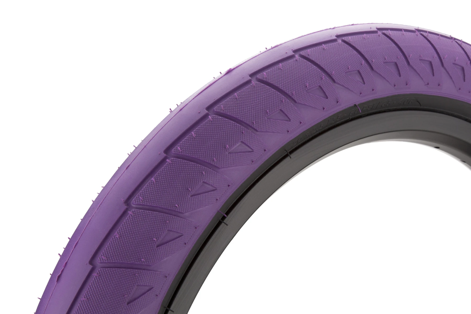 "Cinema Williams 20"" Tire"
