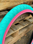 RANT SQUAD TIRE Teal w/ Pink Wall/2.35