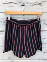 Relaxed Tie Front Short Navy Stripe
