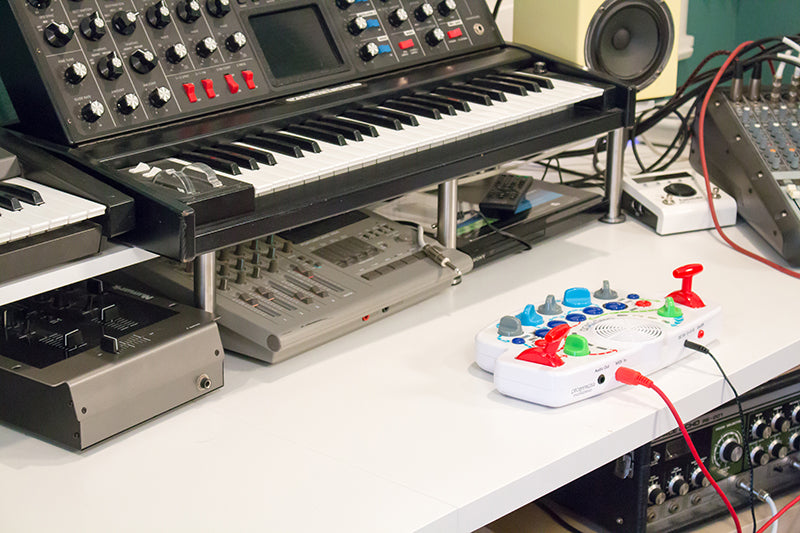 Blipblox: A Synth for Kids – Blipblox by Playtime Engineering