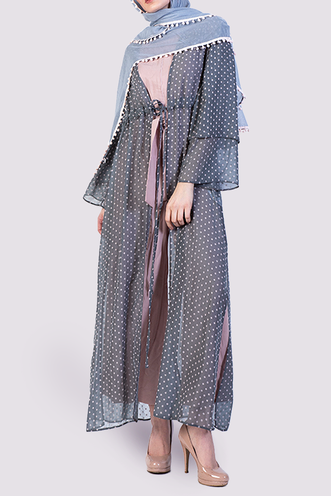 Almaarie  - Moutaki grey kimono with pink dots - front view