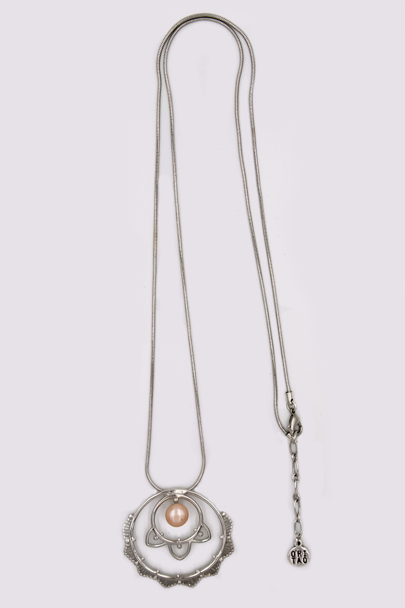 Ori Tao divinity long necklace