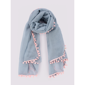 MSH Grey scarf with light pink pompom