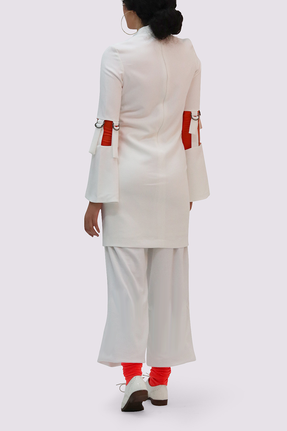 Thais and Stroe White Dress with high collar