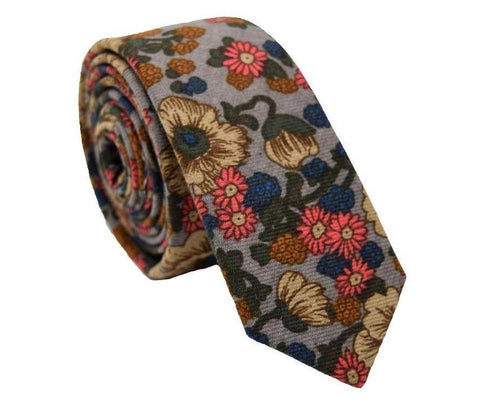 Floral skinny tie featuring all the perfect fall colours