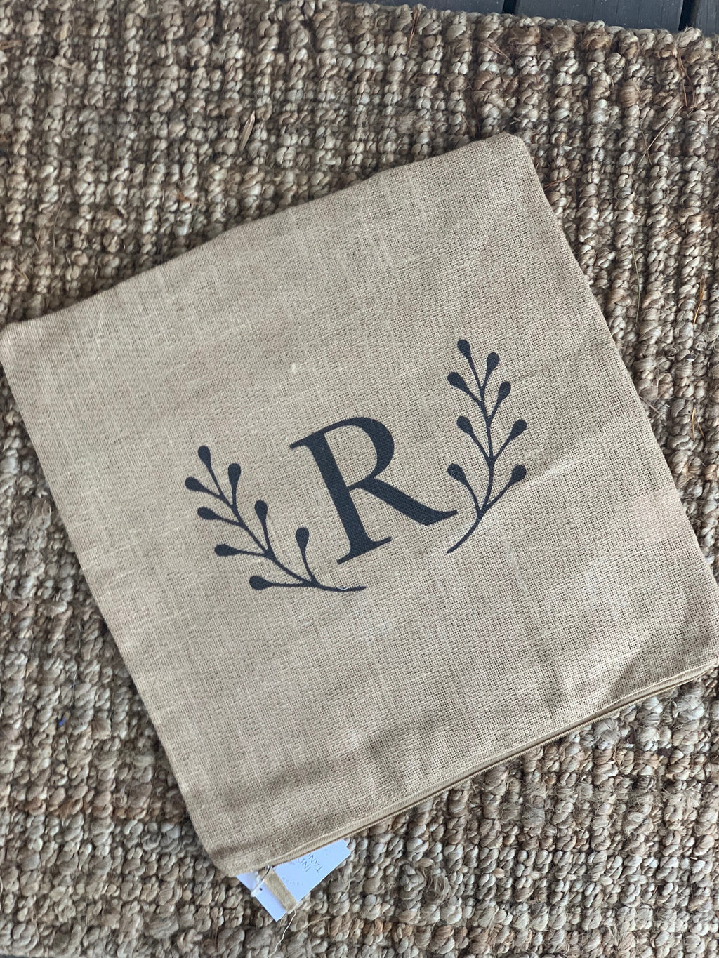 Letter R Initial Laurel Leaf Burlap Pillow Cover