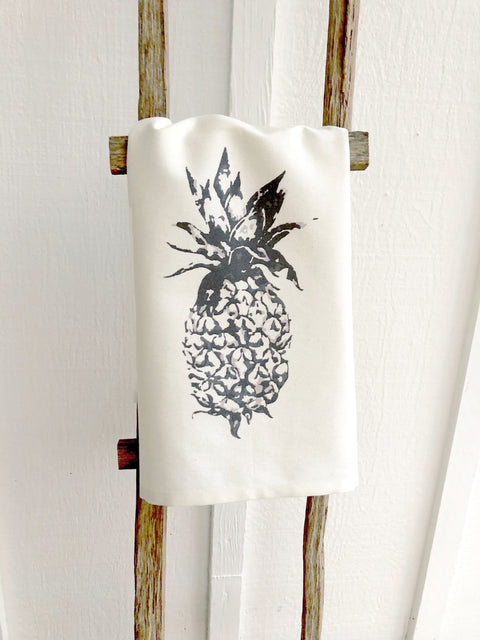 Modern Pineapple Print Tea Towel | Cotton Organic Towel |  Farmhouse Decor Kitchen Towels | Mothers Day Gift Ideas for Her | Tropical Decor