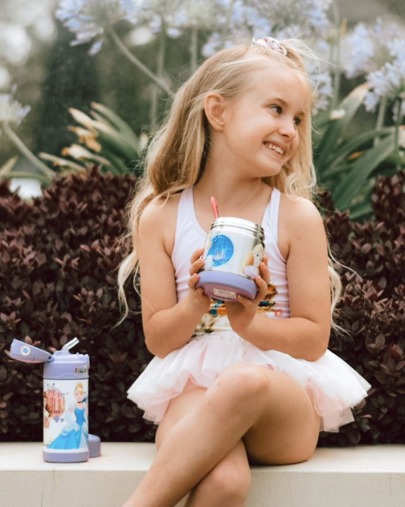 Image of girl holding Thermos Funtainer Insulated collection