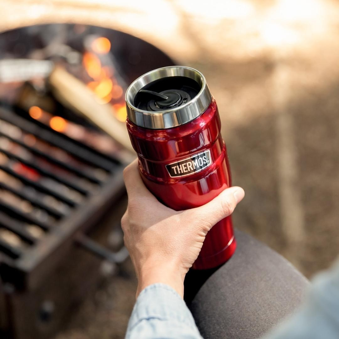 Thermos stainless steel bottle for weekend family trip