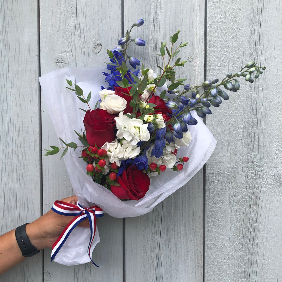 The Patriot Bouquet - Fresh Flower Bar