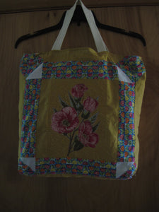 Hand ToteBag with Embroidered Flowers