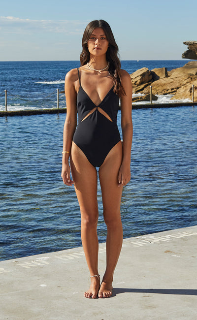WAVE RIDER ONE PIECE - BLACK