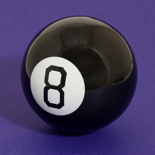 Mystery 8 Ball - Retro Fortune Telling Toy