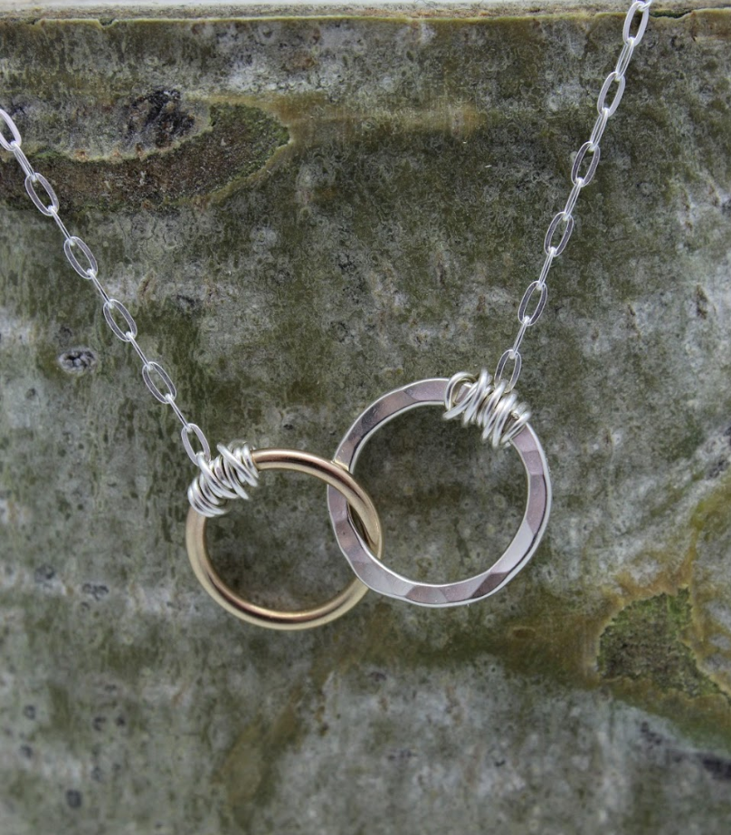 Looping Rings Necklace