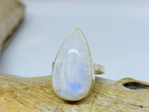 Moonstruck Moonstone ring Size 9