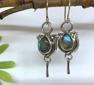 Peace Lilly Labradorite earrings