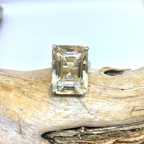 Duchess Citrine ring   size 9