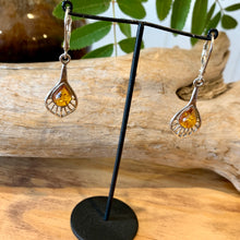 Amber Floral earrings