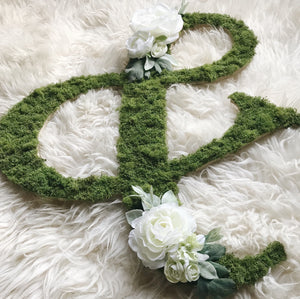 White Moss Floral Ampersand