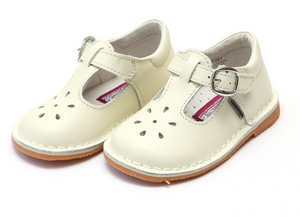 Shoes: Joy Vintage Mary Jane Shoe- Cream