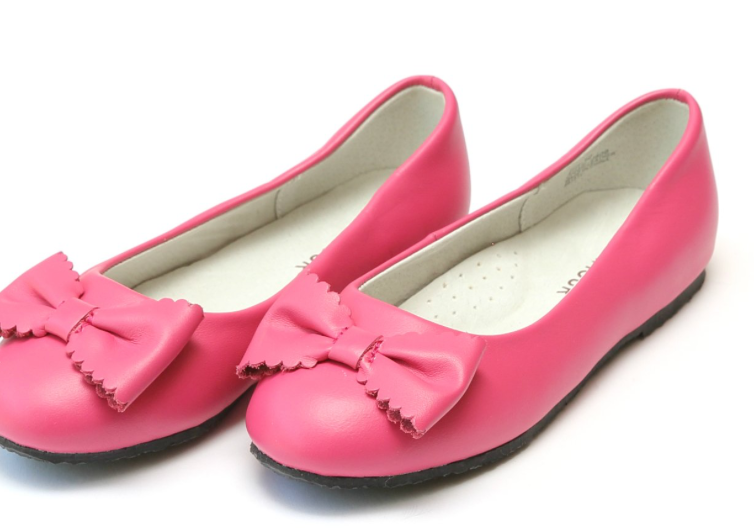 Shoes: L'Amour Scalloped Bow Flat- Fuchsia