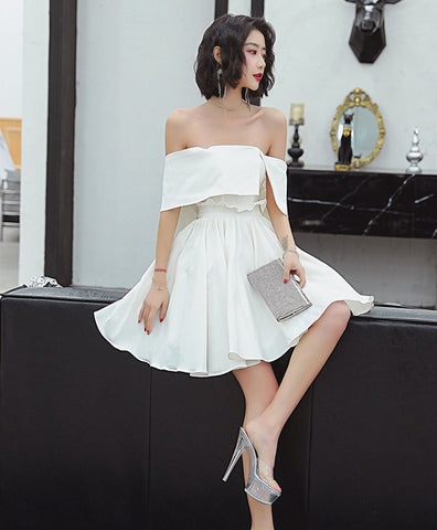 2021 Cute white satin short prom dress white short evening dress