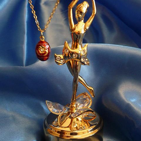 Gold  BALLERINA Rotating Music Box & Egg Pendant Necklace