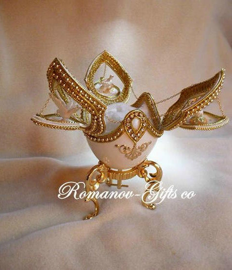 Russian Imperial Empress DOVES of LOVE Music Box Egg &  golden Pendant  Necklace