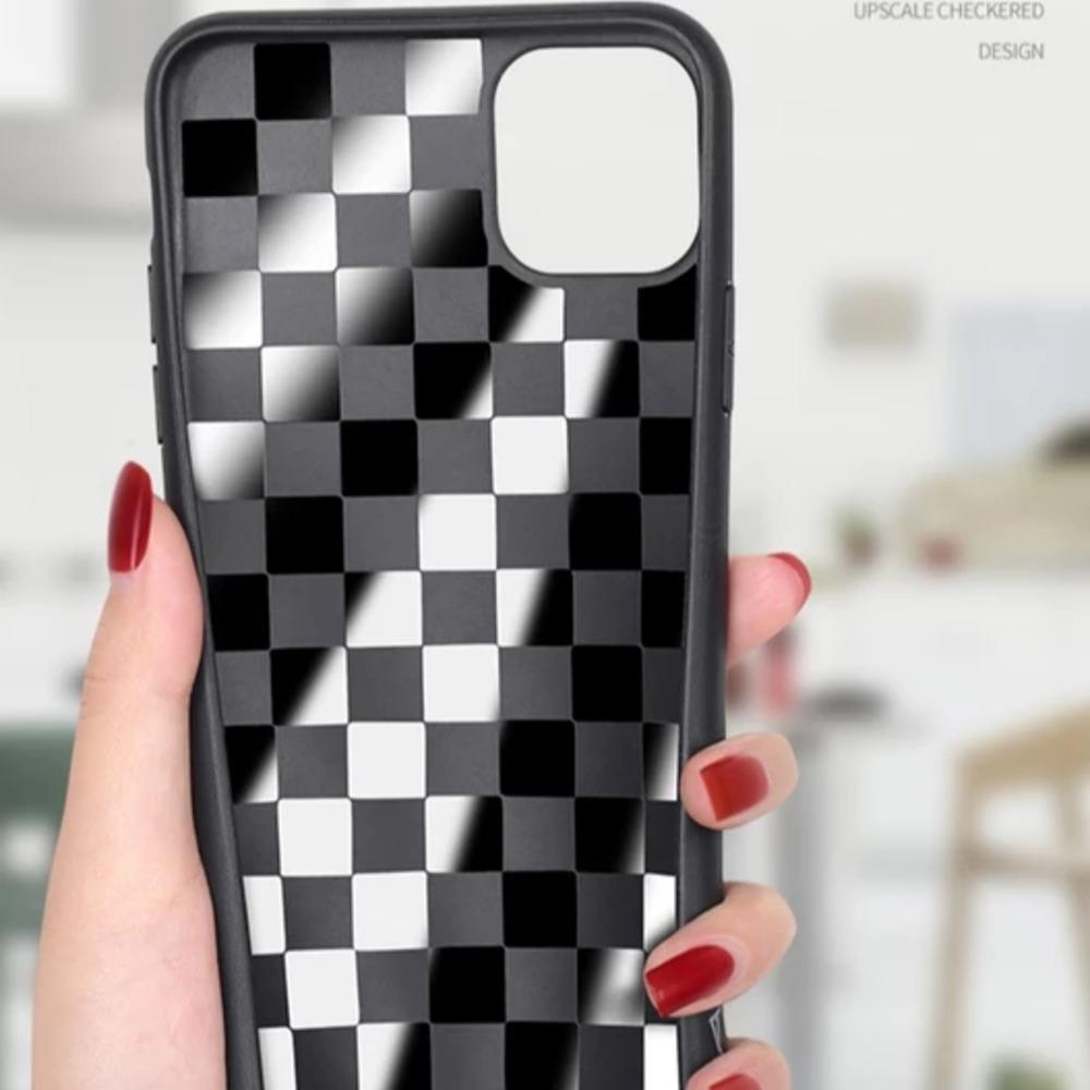 MK ® iPhone 11 Series Henks Upscale Check Design Case