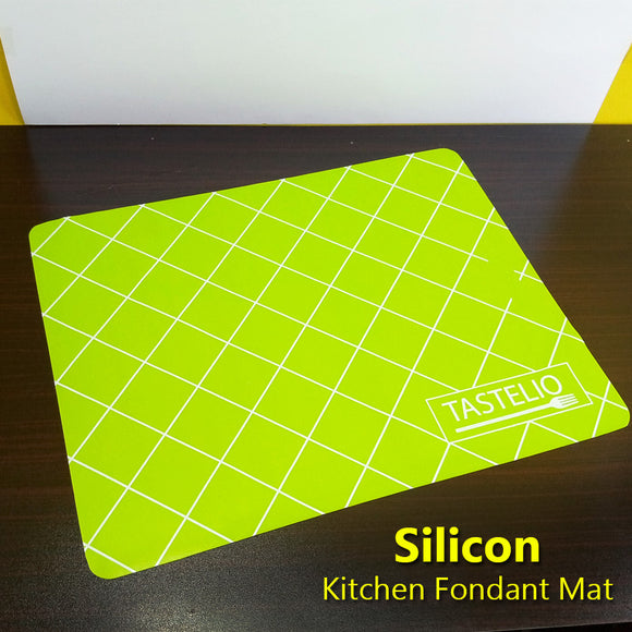 Green Silicone Non-Stick Kitchen Baking Fondant Pastry Mat ( 20 X 16 inches)