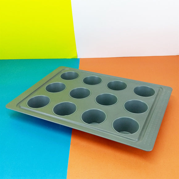 Non-Stick 15 X 11 inches 12 Cupcakes Mould