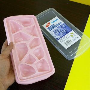 Silicon Rubber Rock Shape Ice Cube Mould With Cover ( Random Colors )