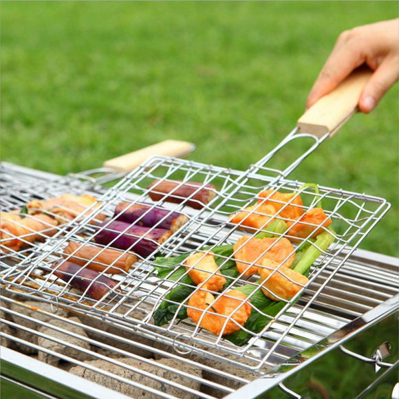 BBQ Barbecue Metal Grill With Wooden Handle