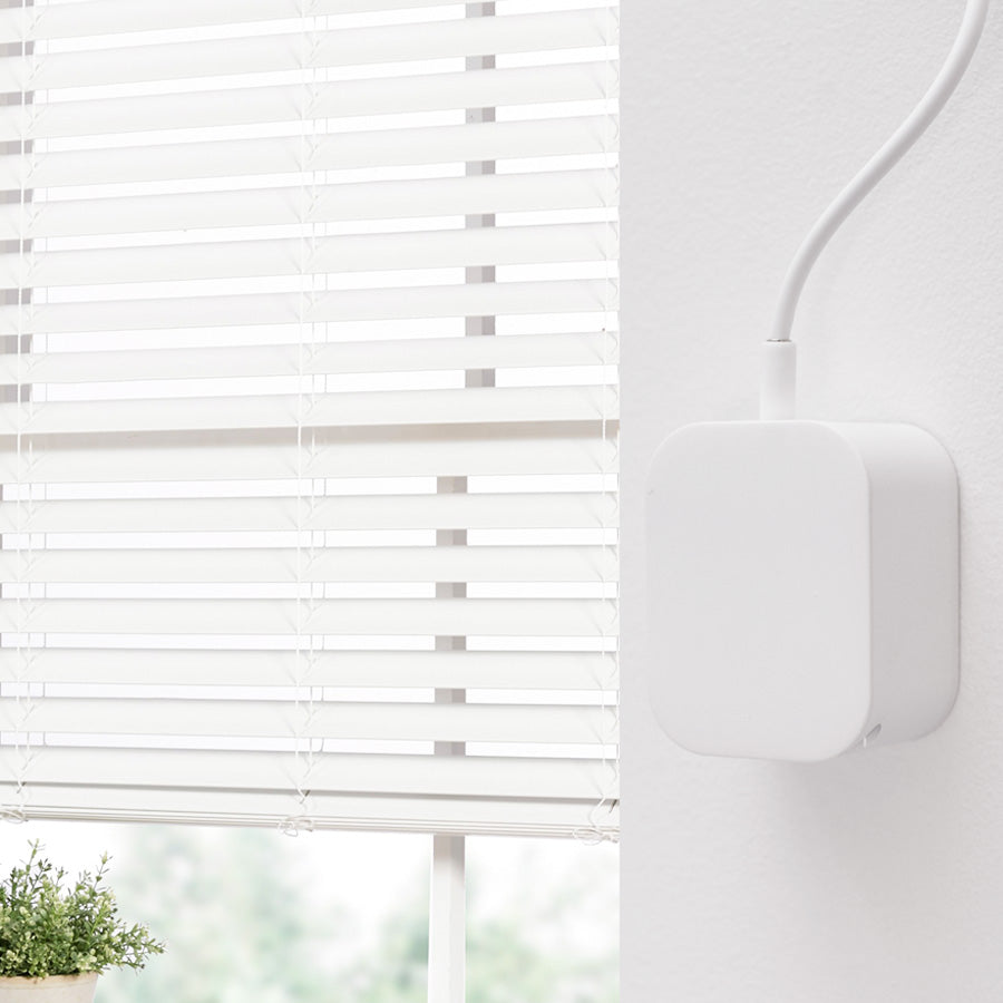 "<font color=""33cee5"">Brand New! </font> SOMA Tilt for automating regular blinds"