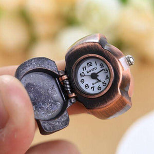 Unisex Retro Vintage Finger Skull Ring Watch Clam shell Watch