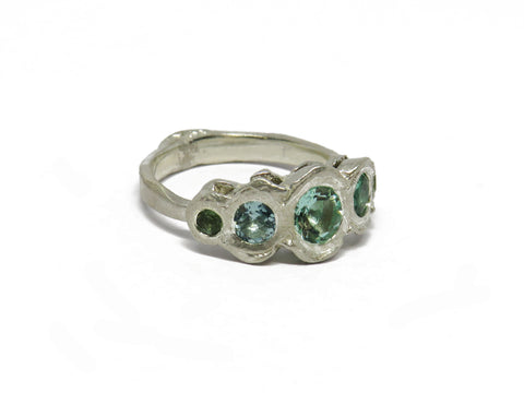 Rough 5-stone ring: blue