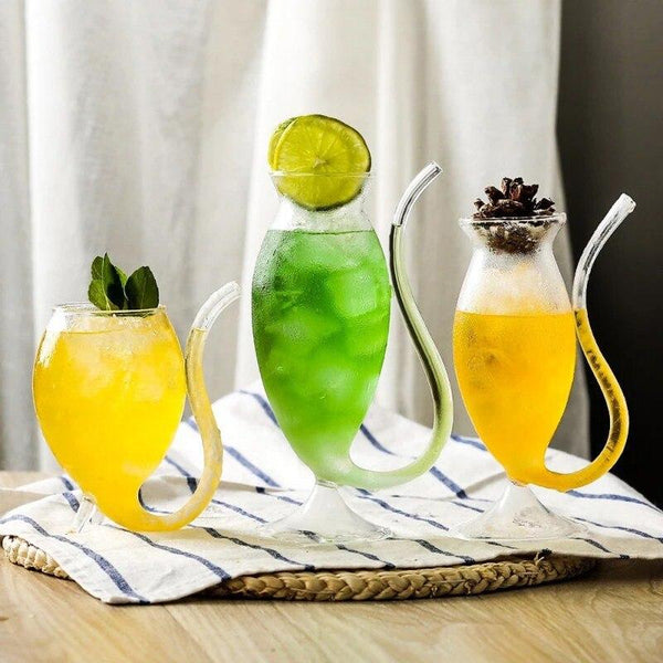 Kreatives Cocktail Glas Mit Trinkhalm