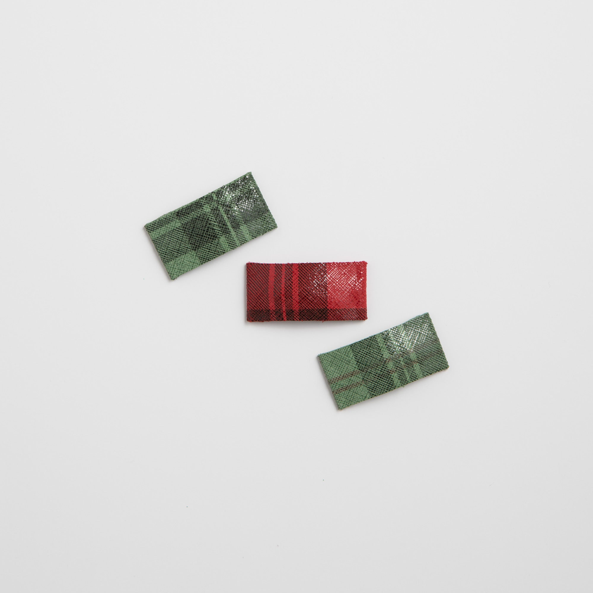 Shimmer Plaid Leather Snap Clip (Red & Green Available)
