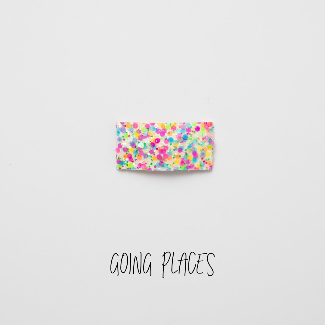 Going Places Glitter Snap Clip
