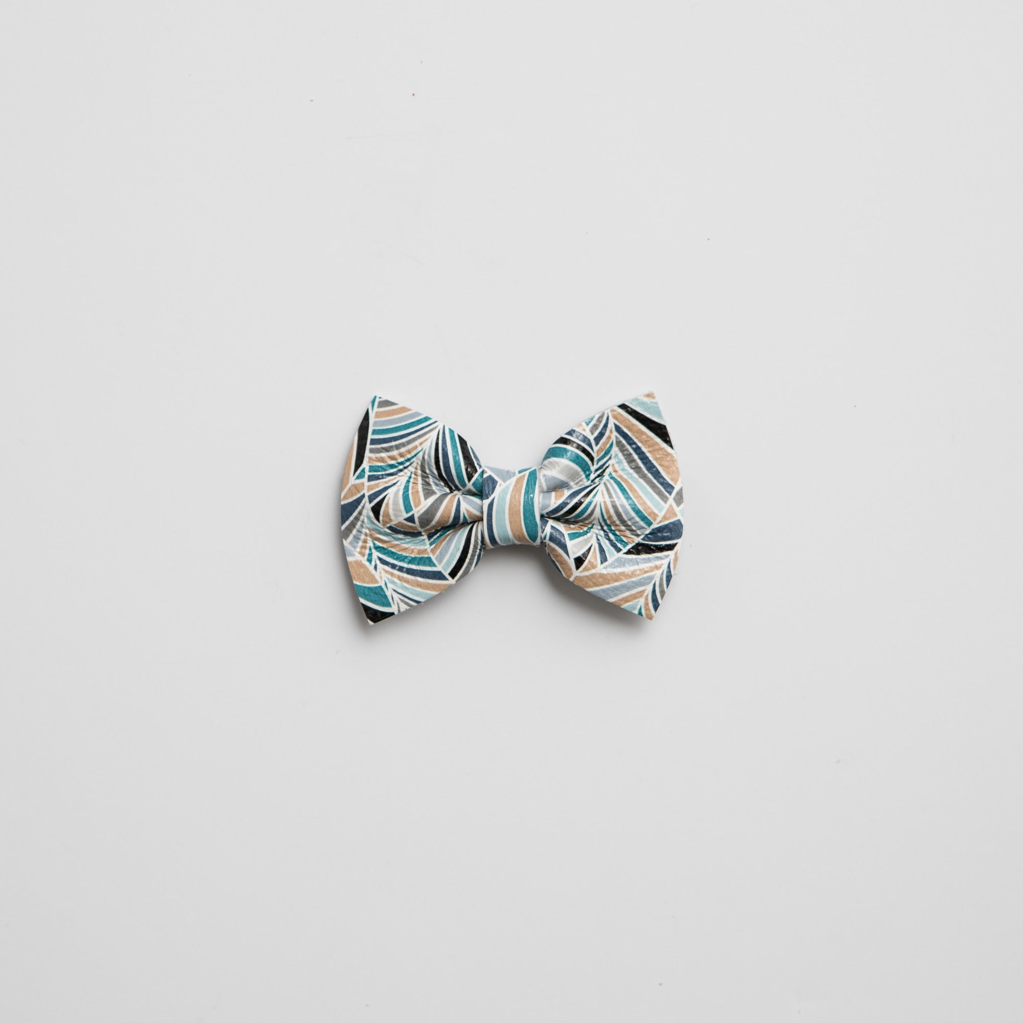 Birdie Leather Bows