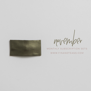 NOVEMBER 2019 | Shimmer Olive Leather Snap Clip