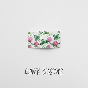 Clover Blossoms Printed Faux Leather Snap Clip