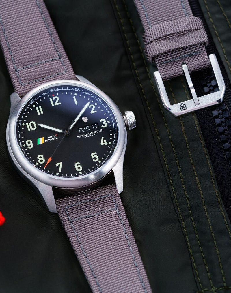 Siachen Grey, Steel Buckle