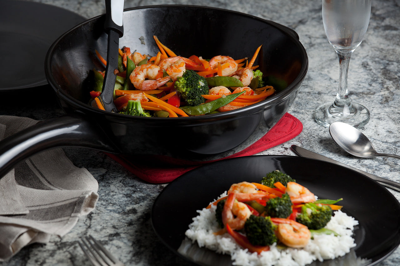 11-Inch Traditions Wok with Lid