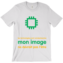 Tech is Ubiquitous Adult T-Shirts (French)