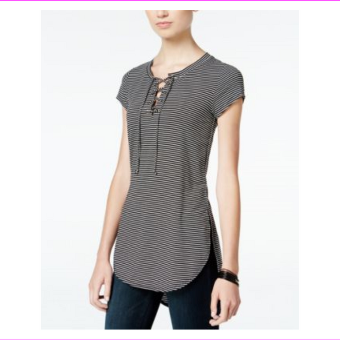 Belle Du Jour Juniors Lace-Up High-Low Tunic